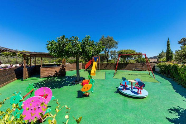 Location de villa avec jeux d'enfants à Porto-Vecchio
